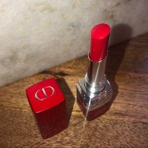 Dior Ultra Rouge Pigmented Hydra Lipstick